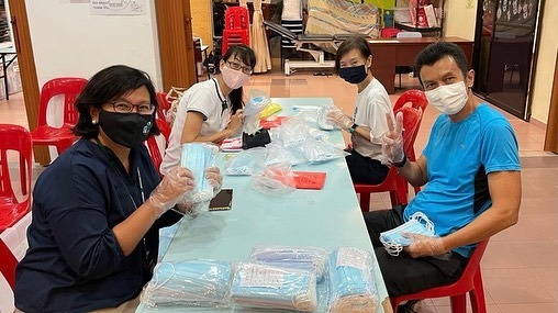 Staff Packing of Masks.jpg